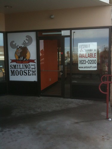 Smiling Moose in Highlands Ranch is closed