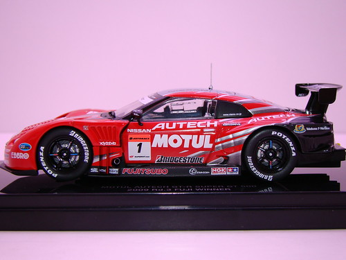 EBBRO MOTUL AUTECH GT-R SUPER GT 5002009 RD. 3 FUJI WINNER (2)