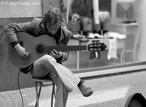 Orvieto - Guitarist