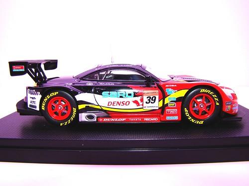 EBBRO DUNLOP SARD SC430 SUPER GT 2009 NO (6)
