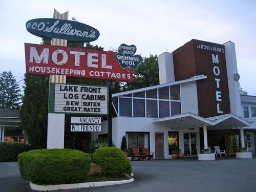 Oooo Sullivan's Motel
