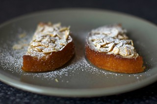 almond cake, toasted almonds, powdered