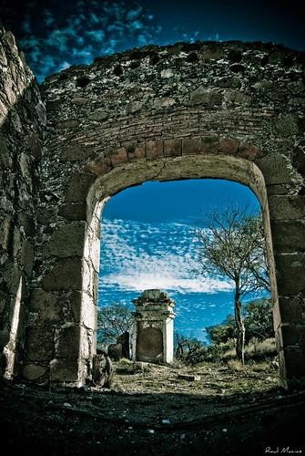 Entrada Panteon