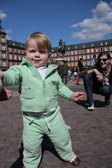 Juliet's first steps in Madrid's Plaza Mayor