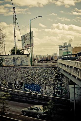 Puente Avenida Mariano Otero y Vias del Tren