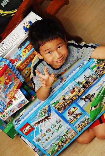 Samuel 2009 Christmas Presents