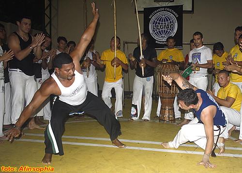 Capoeira CDLB 21 por você.