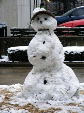 A snowman on the Birmingham Green acnatta/Flickr