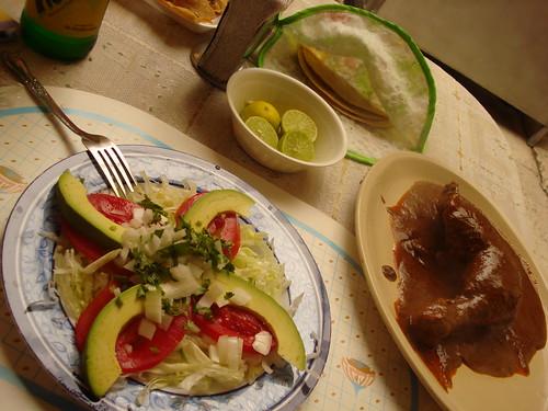 Mercado de Coyoacan: experimentando o frango ao molho de chocolate.
