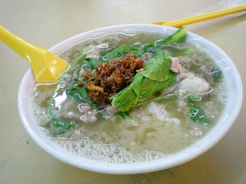 Damansara Uptown pork kway teow soup