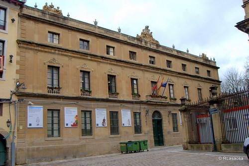 Instituto Navarro de Administración Pública (INAP) y Departamento de Turismo