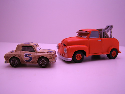 CARS STORYTELLERS BUBBA AND MATER (2)