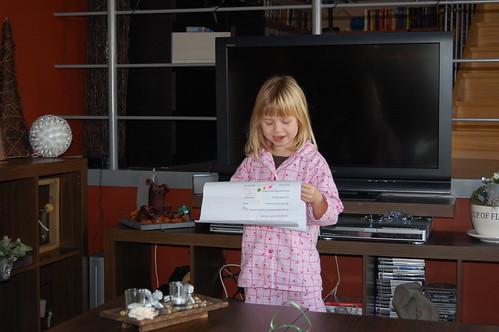 Elle leest nieuwjaarsbrief