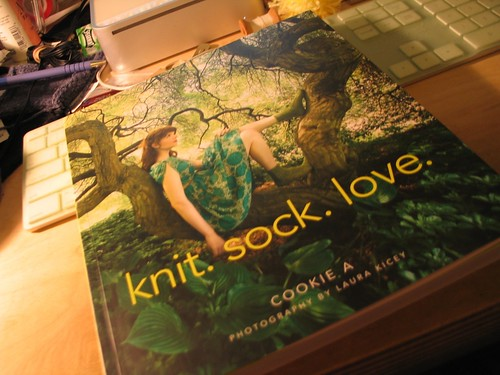knit. sock. love.