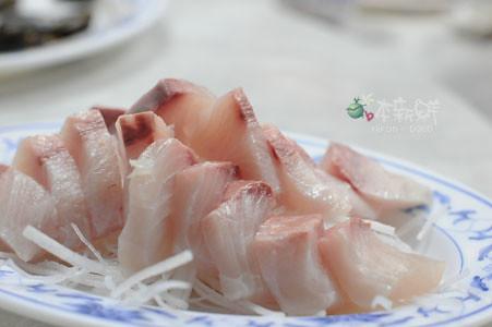 紅甘生魚片