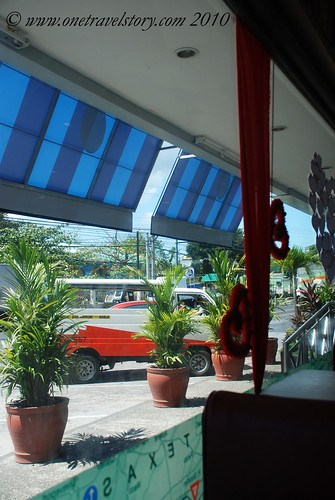 Bigg's Diner Pili: A view from the Inside Out