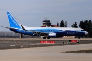 737 ryr foto RAC en VLL