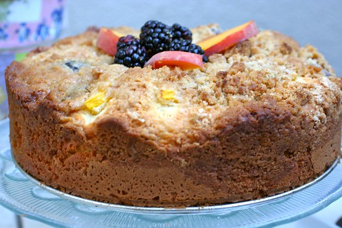 Peaches Coffeecake