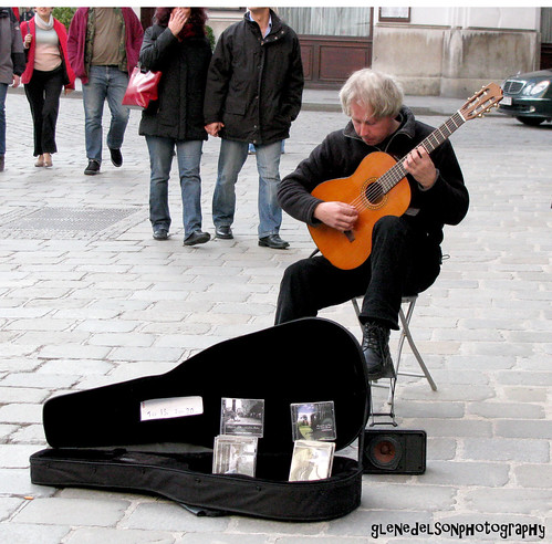 Street musician Vienna Austria (via Glen Edelson at http://www.flickr.com/photos/glenirah/)