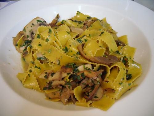 Cafe Carluccio's pasta