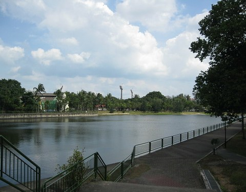 Calm waters of Kallang Riverside