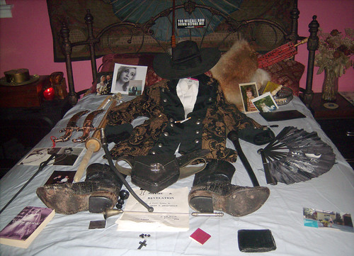 20100221 - Dirk's wake - 0 - Dirk's Shrine - GEDC1581
