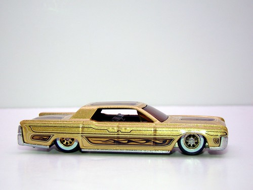 hot wheels waynes garage '64 lincoln continental (11)