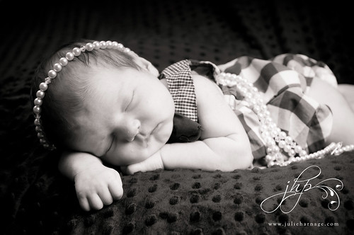 lilla jane @ 3 weeks