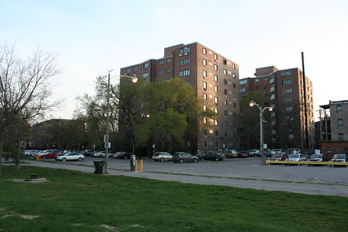 Lunt-Lake Apartments