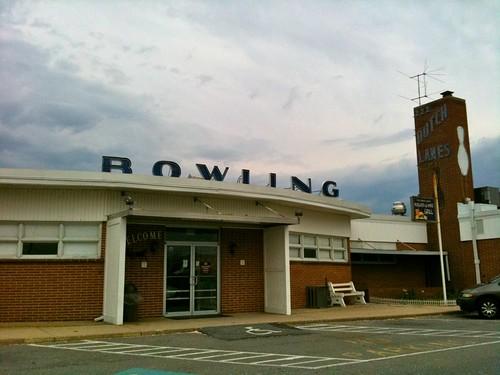 Dutch Lanes Bowling