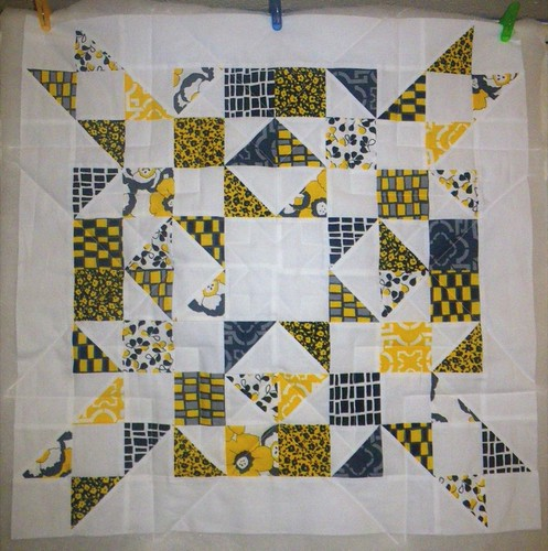 wall hanging - quilting.JPG