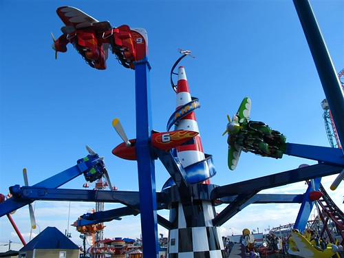 Zamperla Air Race Ride in Operation at Luna Park Coney Island. Photo © Bruce Handy/Pablo 57 via flickr