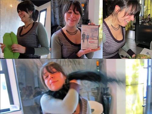 Gemma abriendo sus regalos