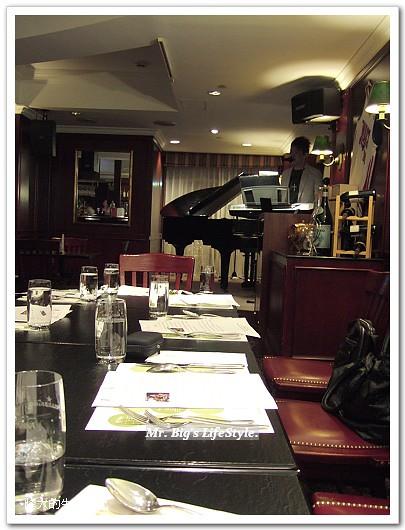 [分享]臺北‧華國飯店長虹酒吧套餐 @ 峰大的生活札記 :: 痞客邦