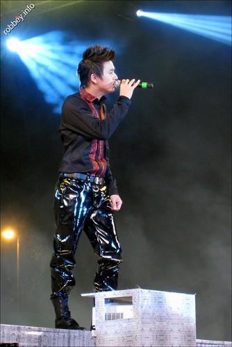 Robbey-DongNhi0028