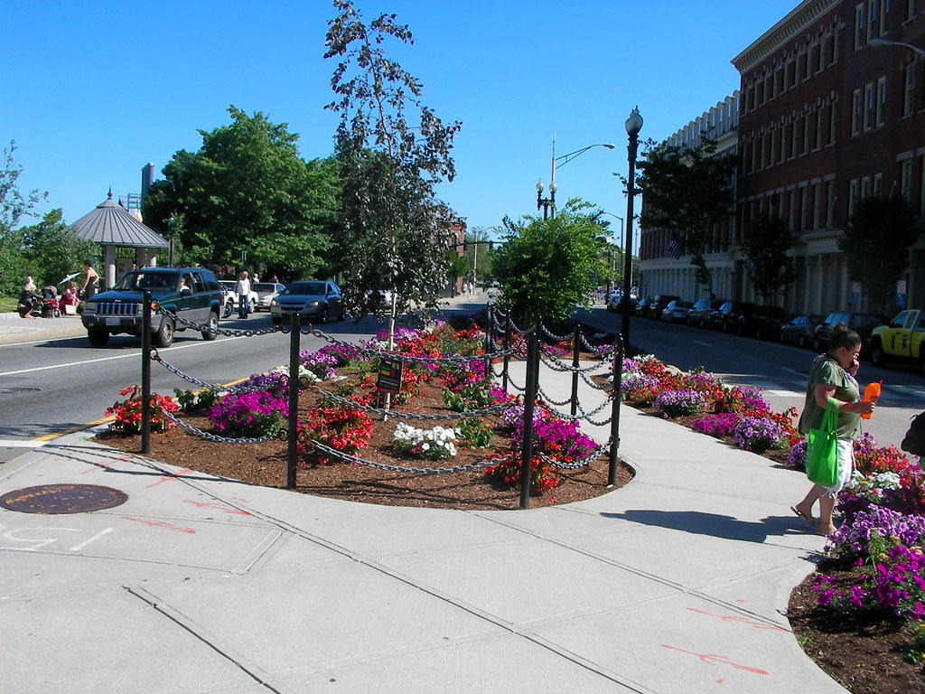 Memorial Blvd to Eddy St.