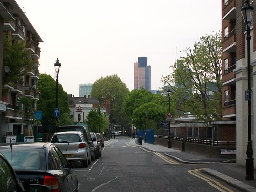 Natwest Tower/Tower 42 from the peabody estate, London