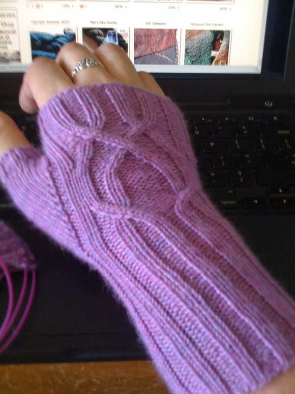 Serpentine Mitts 04