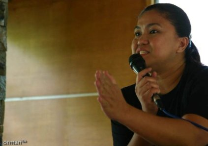 """""""PHOTO-JOURNALIST AND BLOGGER JOJIE ALCANTARA DEMONSTRATING HER KARATE CHOP RESERVED FOR SLEEPING PARTICIPANTS"""""""