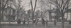 Grandview Grade School Children at Play, 1917