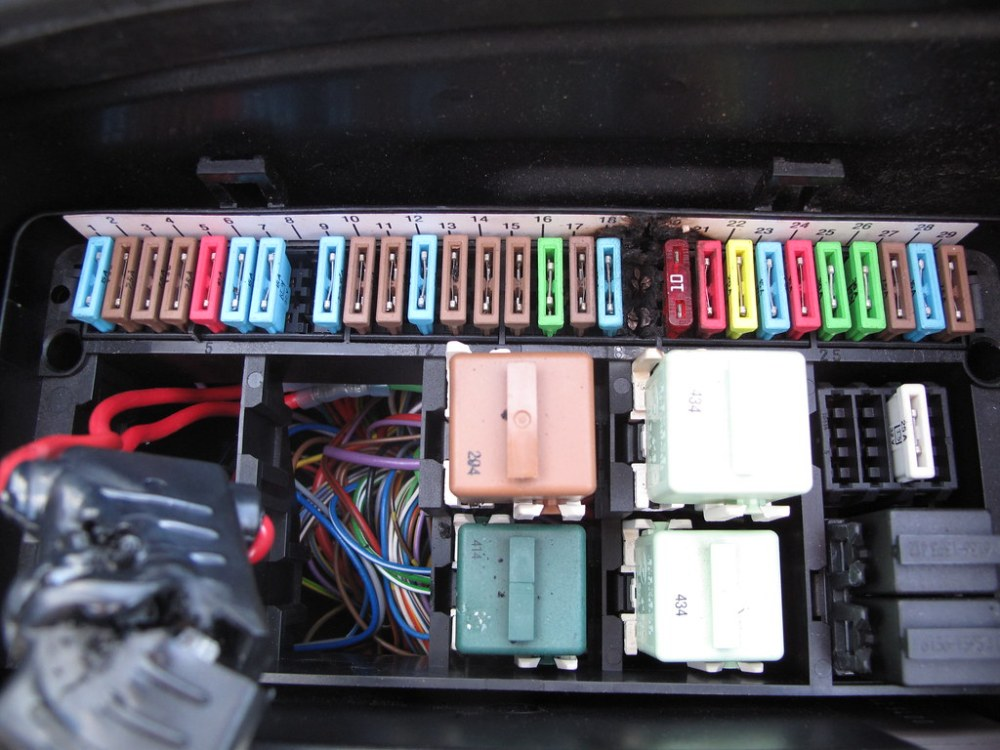 medium resolution of e34 fuse box location wiring diagram for you car fuse box e34 fuse box location