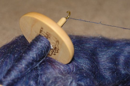 Spinning my Abby Batt with Hi-lo spindle