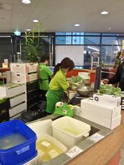 Selling fresh tofu 豆腐