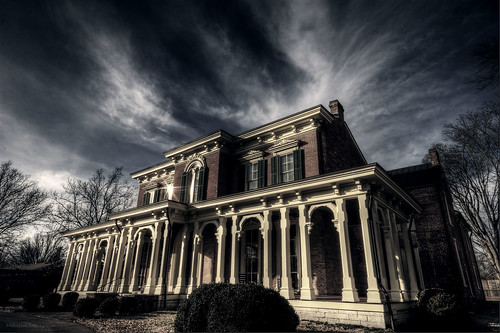 Oaklands Historic Mansion