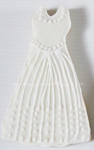 gown01