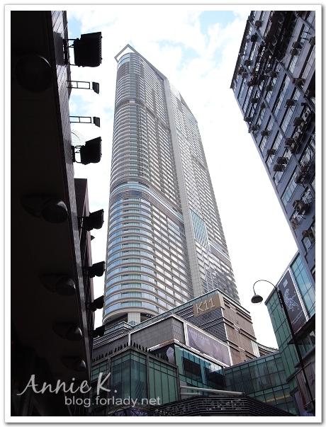 香港窩在巷子裡的凱悅