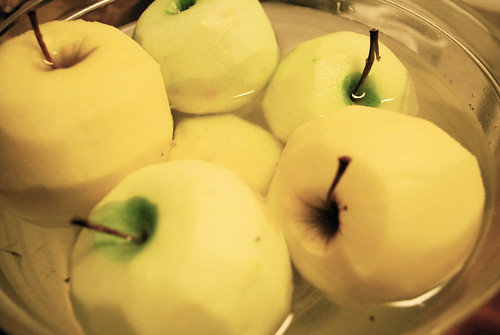 Peeled apples