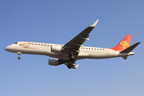 Tianjin Airlines Embraer ERJ-190LR(B-3151)