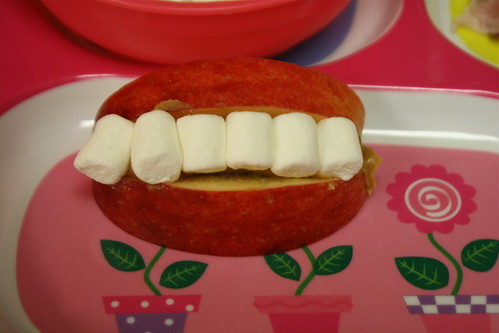 Apple/Marshmallow/Peanut Butter Mouth