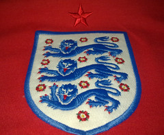 England Away Shirt 2010-2012 (emblem)